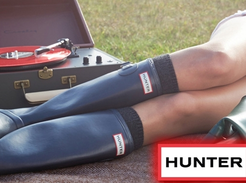 https://www.hunterboots.com/us/en_us/ website